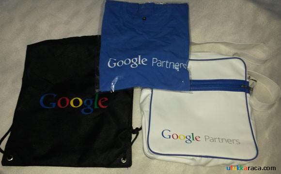 Google Partners Tişört ve Çanta